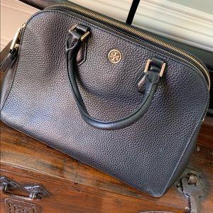 VVGUC Authentic Tory Burch black leather purse
